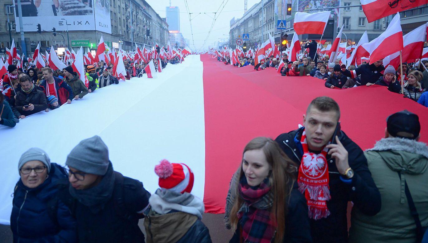 Minister Brudziński stwierdził, że rząd nie przejmie Marszu Niepodległości, organizowanego przez środowiska narodowe (fot. PAP/Stach Leszczyński)