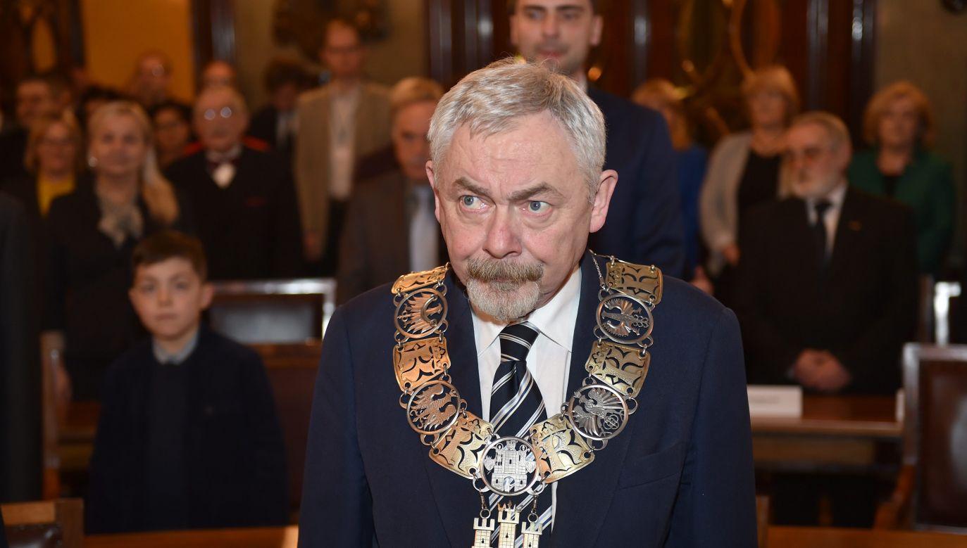 Jacka Majchrowskiego w zbliżających się wyborach samorządowych nie poprze PO i Nowoczesna (fot. Jacek Bednarczyk/PAP)