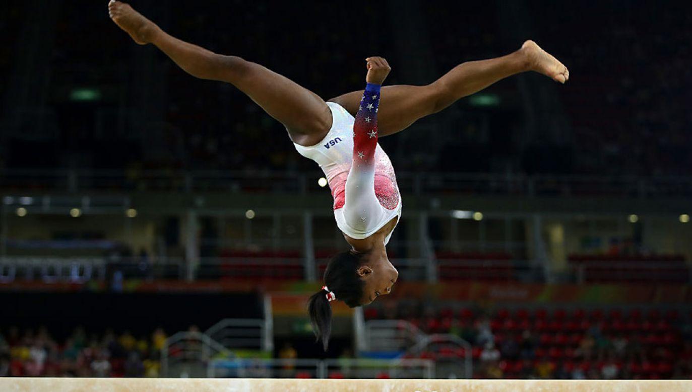 Wśród ofiar znalazła się m.in. czterokrotna mistrzyni olimpijska z Rio Simone Biles (fot. Clive Brunskill/Getty Images)