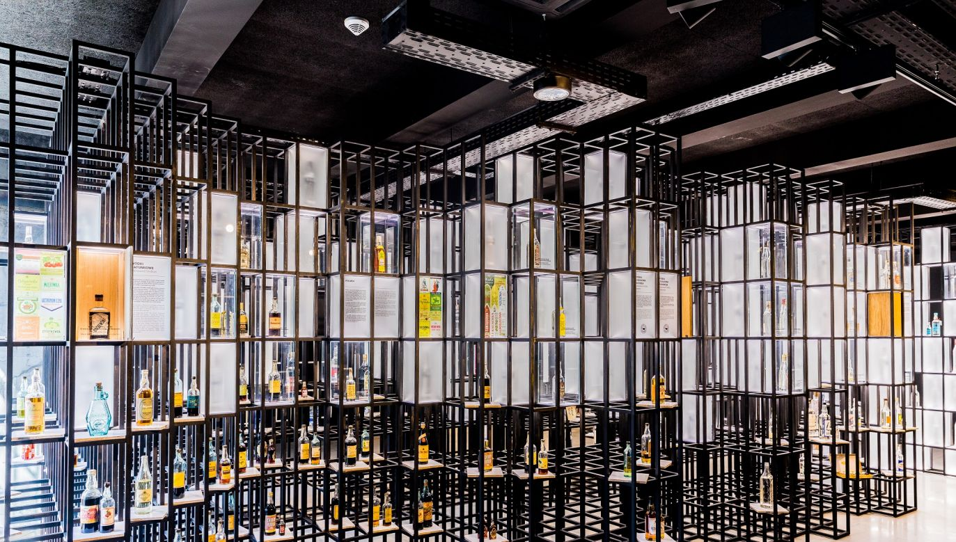 After several years of efforts to bring the pre-war collection over to Poland, the owner of Polish Vodka Museum, Piotr Popiński finally managed to do so. Photo: muzeumpolskiejwodki.pl