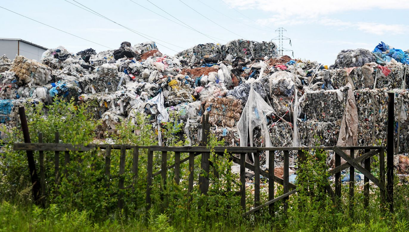 Tylko w tym roku wywieziono z Polski prawie 3,8 tys. ton odpadów, które trafiły do naszego kraju nielegalnie (fot. arch.PAP/Grzegorz Michałowski)