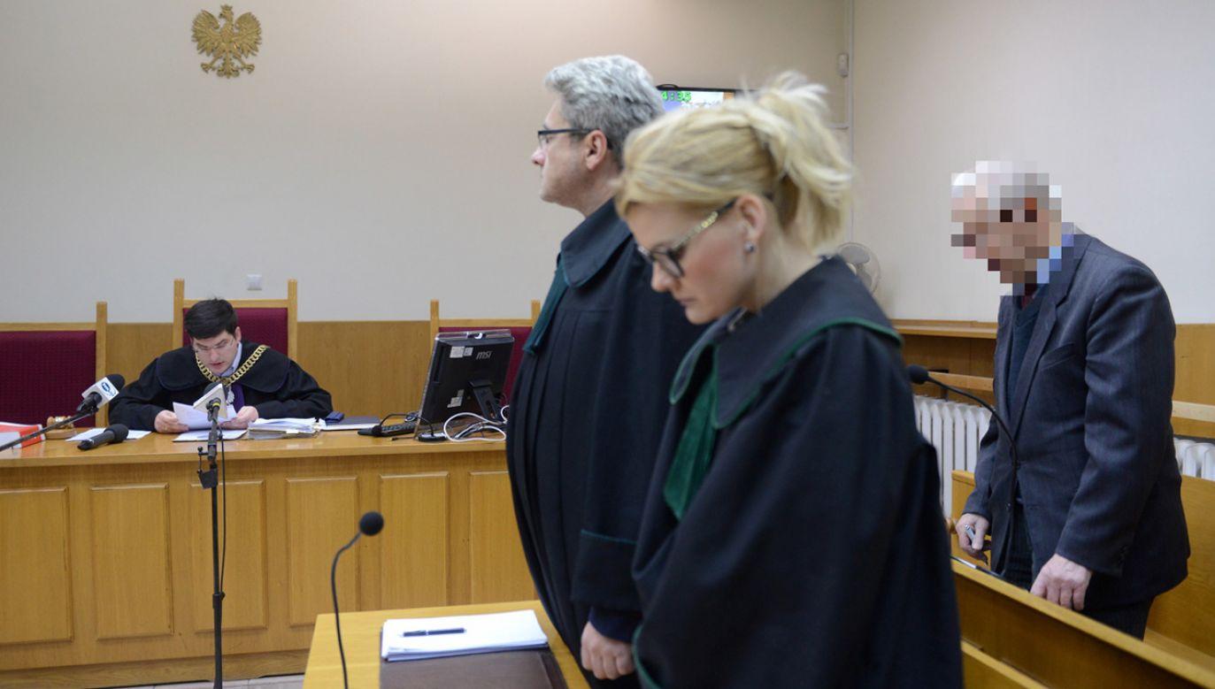 Oskarżony były generał SB Józef S.  podczas procesu w Sądzie Rejonowym Warszawa-Mokotów (fot. PAP/Jakub Kamiński)