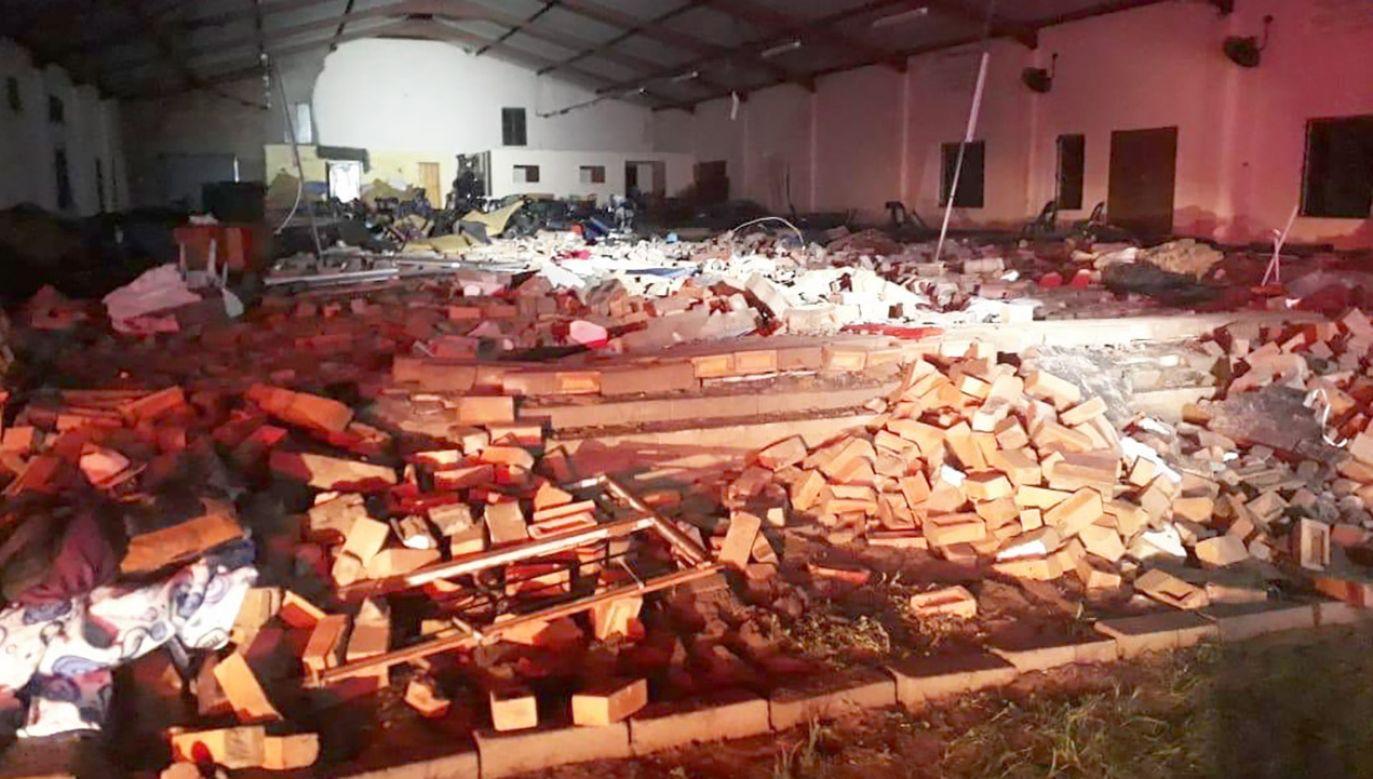 16 osób zostało rannych (fot. tt/@SAPoliceService)