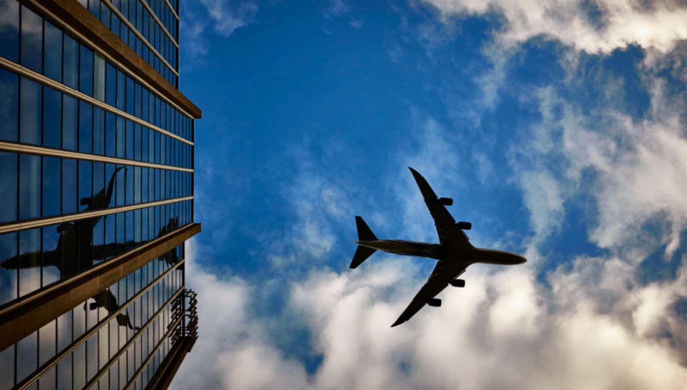 Na polskich lotniskach odprawi się w tym roku ponad 45 mln pasażerów (fot. Pexels)