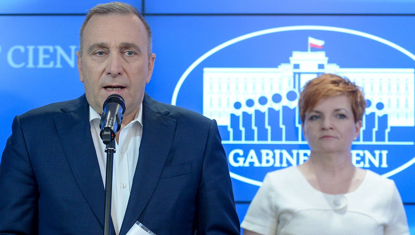 Lider Platformy Obywatelskiej Grzegorz Schetyna i posłanka PO Urszula Augustyn (fot. arch. PAP/Marcin Obara)