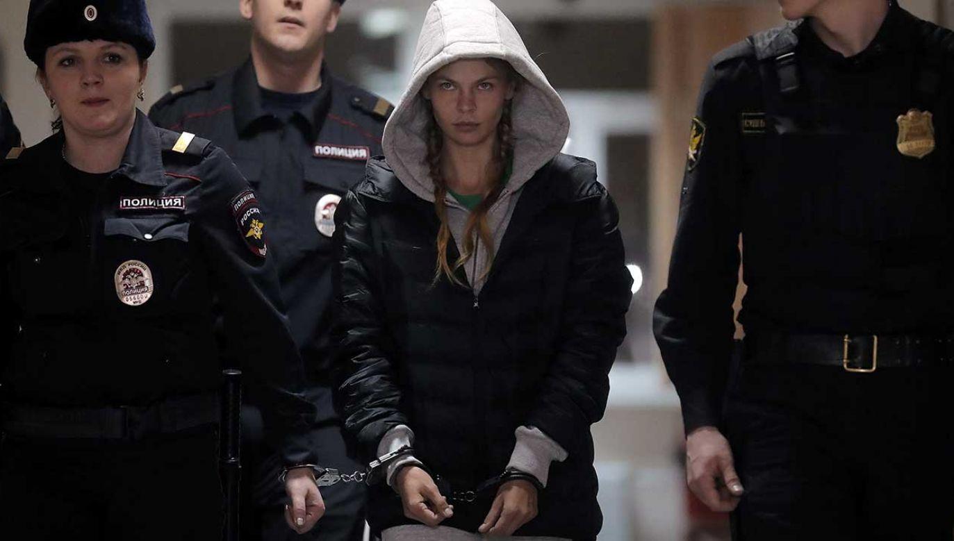 Po interwencji prezydenta Białorusi Nastia Rybka została wypuszczona z rosyjskiego aresztu (fot. PAP/EPA/MAXIM SHIPENKOV)