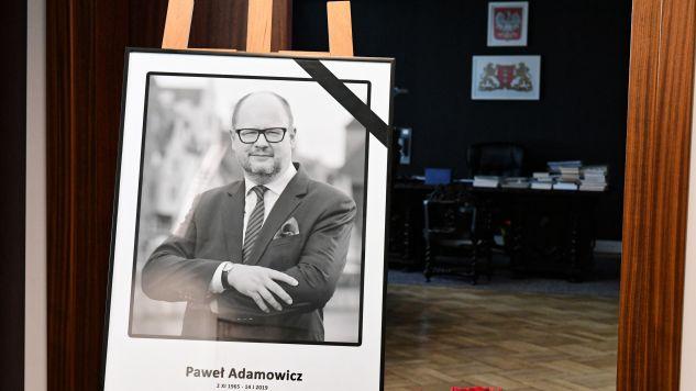 Prezydent Paweł Adamowicz został zaatakowany przez nożownika podczas gdańskiego finału WOŚP (fot. PAP/Adam Warżawa)