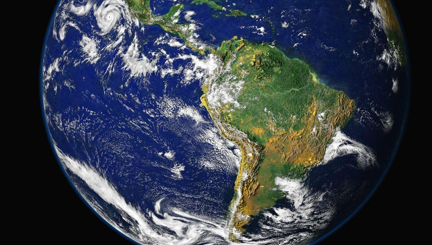 Podróż polegała na objeździe każdego z kontynentów jego obrzeżami (fot. pixabay/WikiImages)