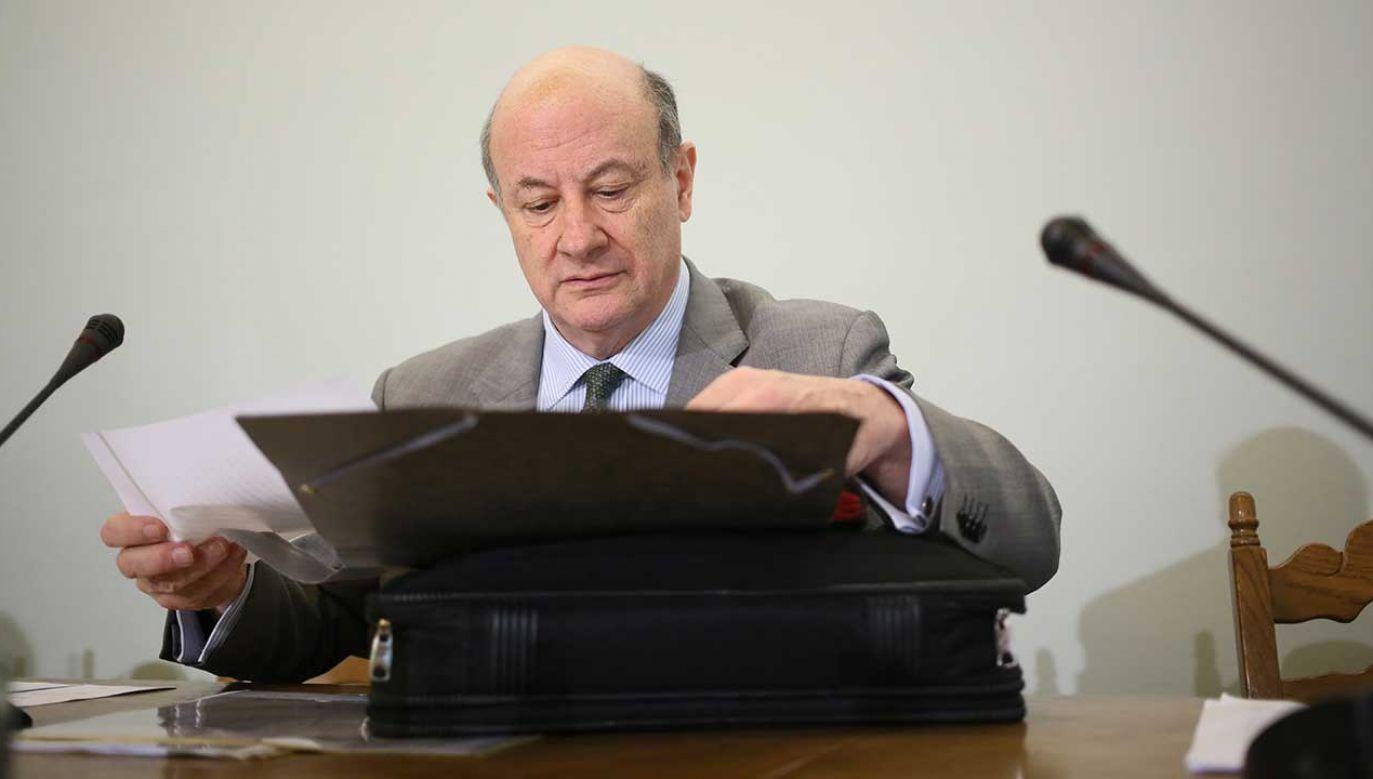 Były wicepremier i minister finansów Jacek Rostowski, podczas posiedzenia sejmowej Komisji Finansów Publicznych 24.07.2013 (fot. arch. PAP/Leszek Szymański)