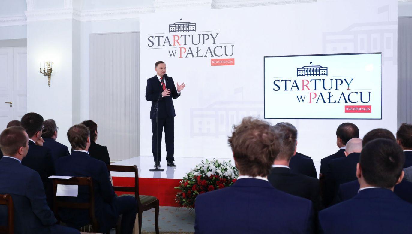 """Prezydent Andrzej Duda podczas wydarzenia """"Startupy w Pałacu – Kooperacja"""" (fot. PAP/Paweł Supernak)"""