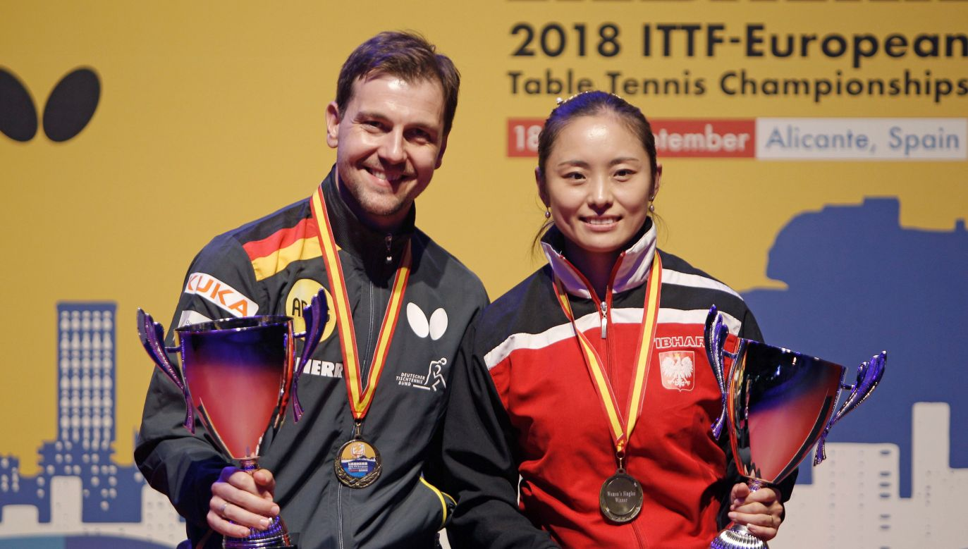 Li Qian (R) and the seventh-time European champion Timo Boll (L), the winners of singles' competition in Alicante. Photo: PAP/Morell