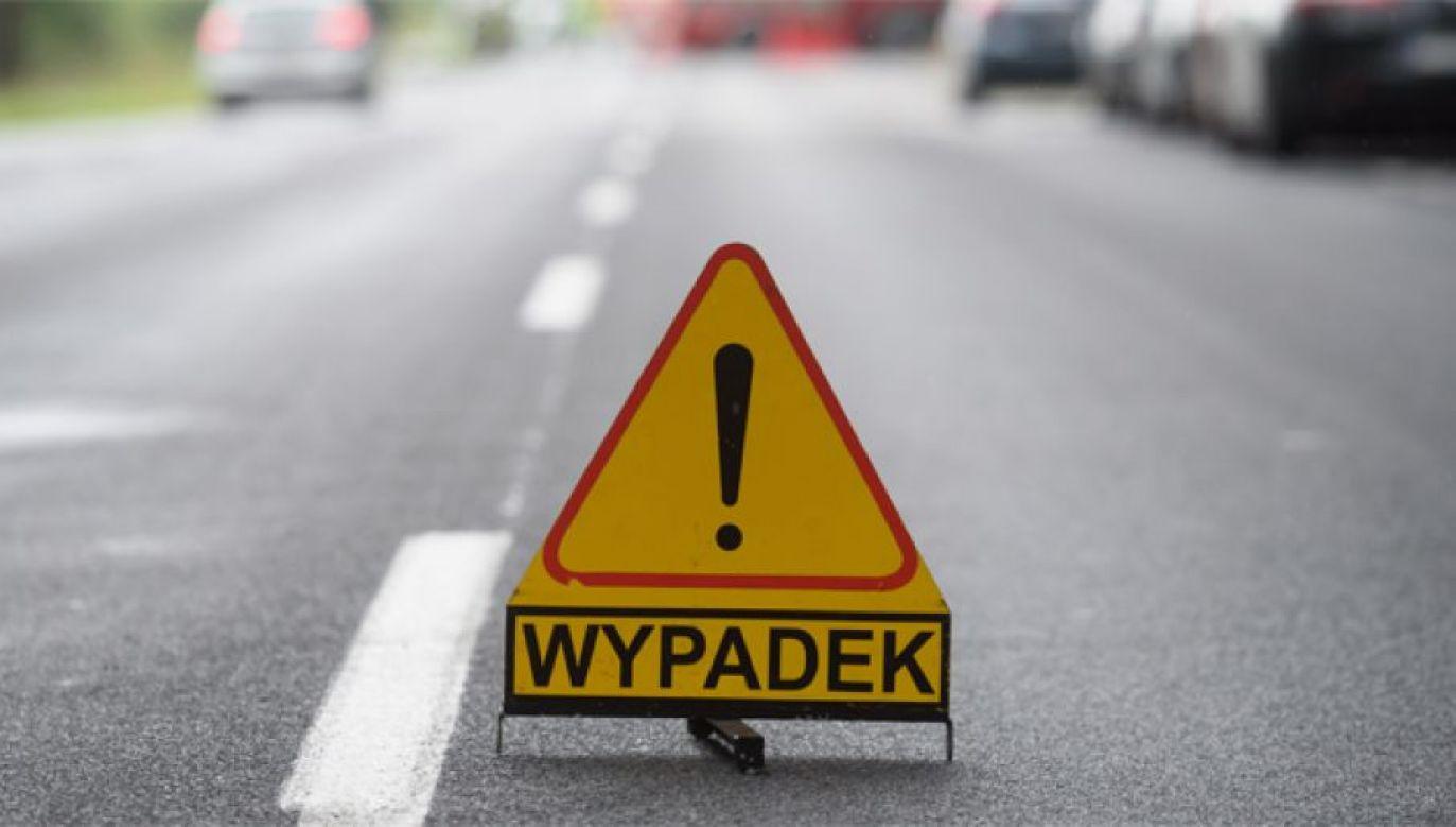 Wypadek wydarzył się około godz. 10.30 (fot. PAP/Jakub Kaczmarczyk)