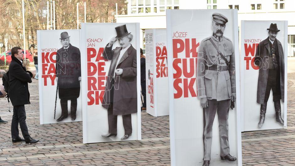Fot. PAP-Jacek Bednarczyk (3)
