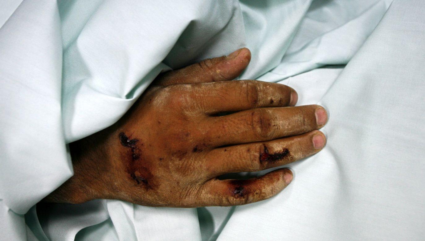 Zamachowiec miał na sobie pas z materiałami wybuchowymi (fot. REUTERS/Damir Sagolj)