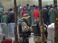 Ilu uchodźców przyjmie Europa? Szef MSW Niemiec chce limitu
