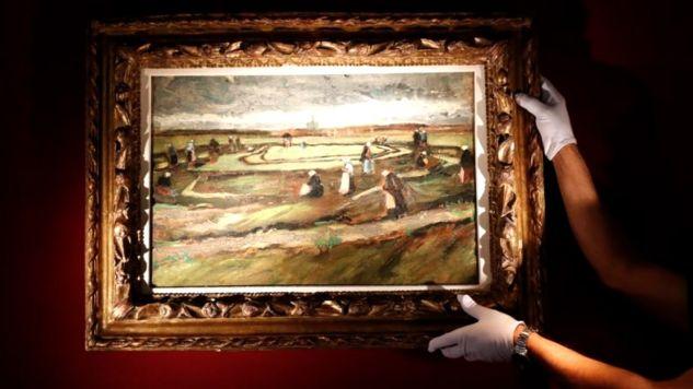 Namalowany we wczesnym okresie pejzaż Vincenta van Gogha został sprzedany w domu aukcyjnym Artcurial za 7 mln 70 tys. euro (fot. REUTERS/Gonzalo Fuentes)