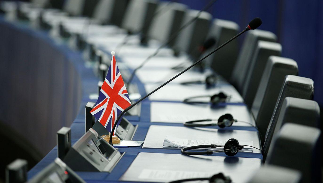Na razie Wielka Brytania nie zamierza przeprowadzać wyborów do Parlamentu Europejskiego (fot. REUTERS/Vincent Kessler)