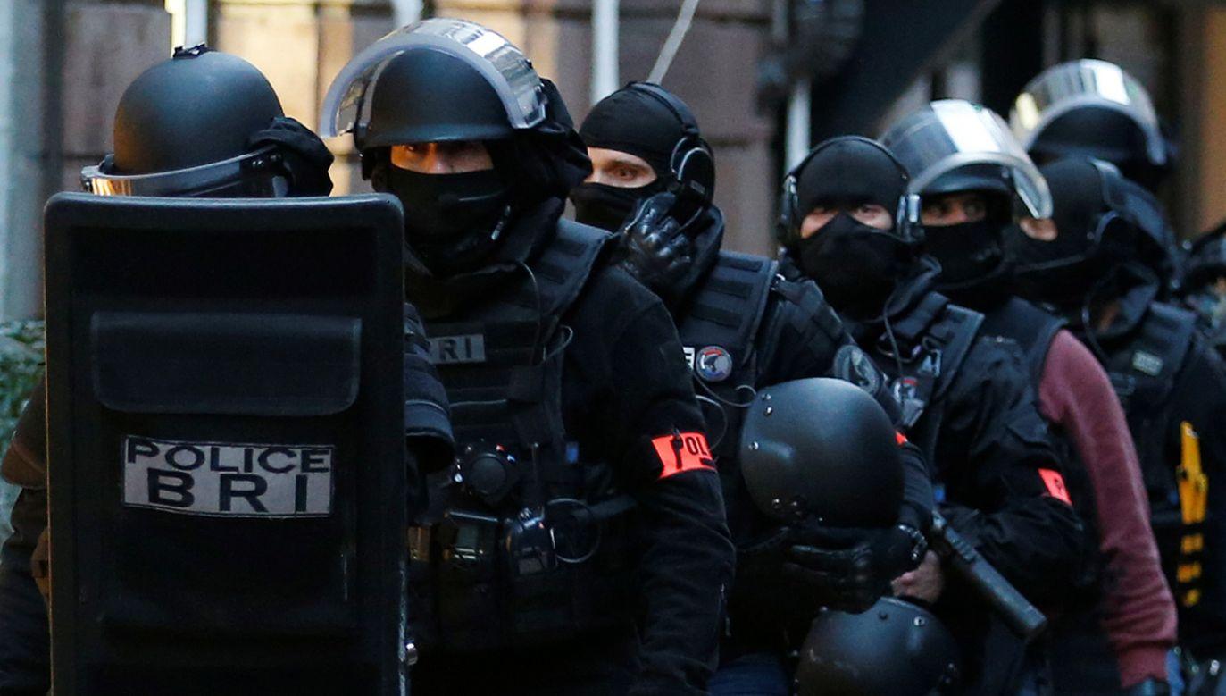 Służby wciąż poszukują sprawcy zamachu w Strasburgu i nie wykluczają, że opuścił on już Francję (fot. REUTERS/Vincent Kessler)