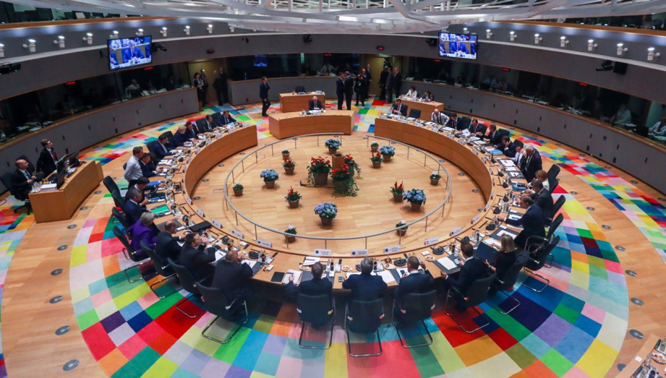Premier Mateusz Morawiecki przebywa na szczyciee UE w Brukseli (fot.PAP/EPA/STEPHANIE LECOCQ)