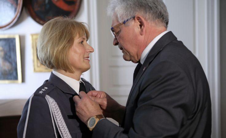 Anna Kaczmarczyk podczas uroczystości wręczenia jej najwyższego na świecie odznaczenia dla pielęgniarek