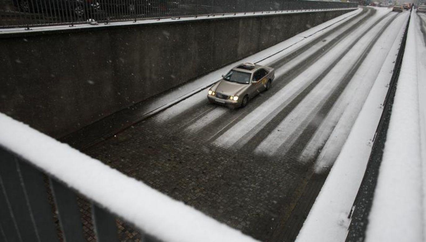 RCB apeluje o ostrożność (fot. REUTERS/Kacper Pempel)