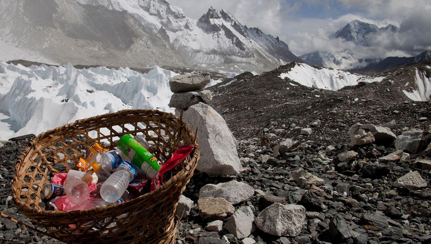 Pozwolenia na turystyczne wejścia do bazy północnej nie będą wydawane do odwołania (fot. REUTERS/Laurence Tan)