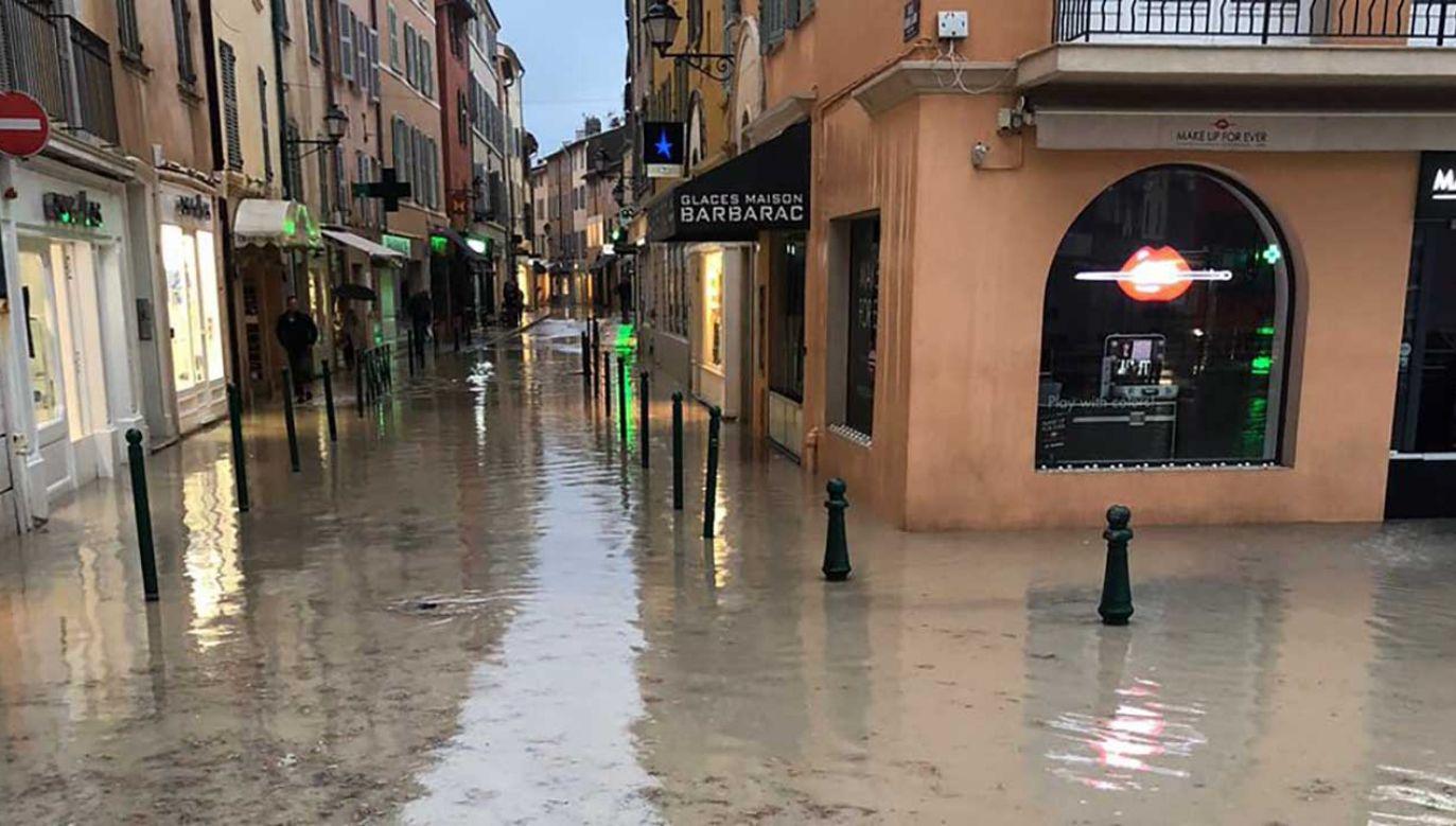 Poziom rzeki Aude osiągnął najwyższy poziom od stu lat (fot. TT/ThisIsStTropez)