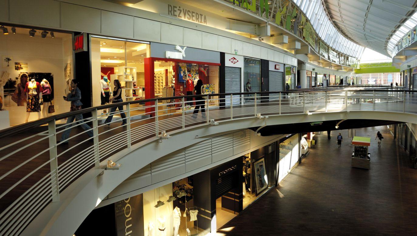 W tym miesiącu wszystkie sklepy mogą być otwarte jeszcze w niedzielę 25 listopada (fot.  philippe giraud/Corbis via Getty Images)