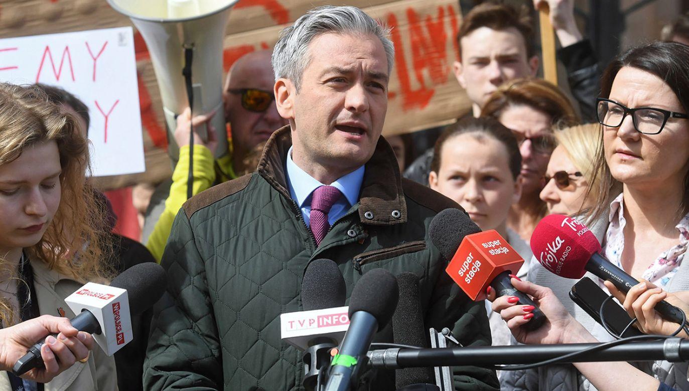 Założyciel i lider partii Wiosna Robert Biedroń (fot. PAP/Piotr Nowak)