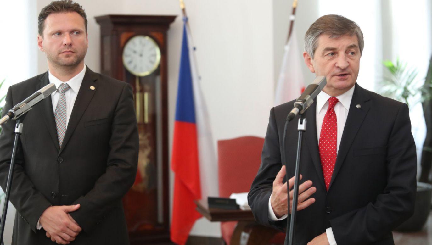 Marszałek Sejmu Marek Kuchciński (P)i przewodniczący Izby Deputowanych czeskiego parlamentu, Radek Vondraczek (L) (fot. Sejm RP)