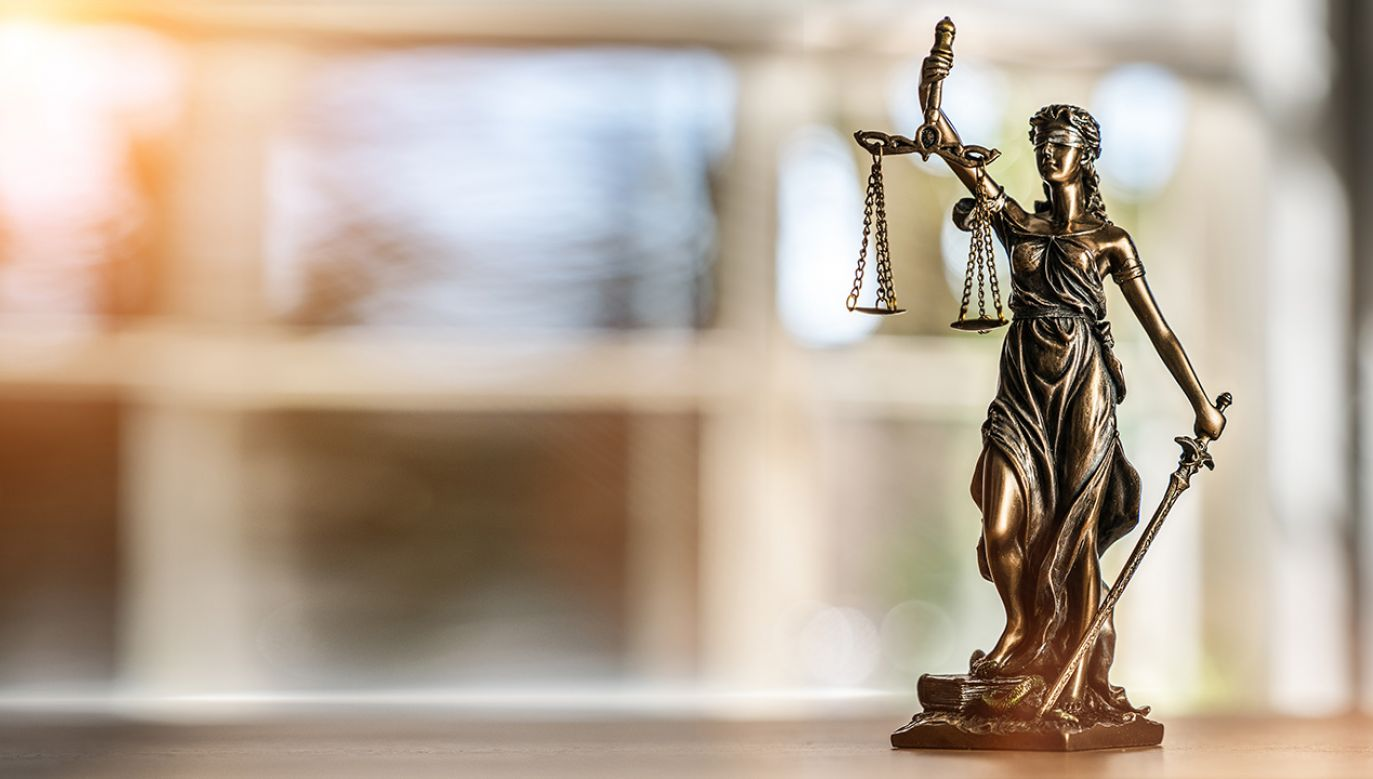 Wyroki w tej sprawie usłyszeli także trzej inni meżczyźni (fot. Shutterstock/Alexander Kirch)