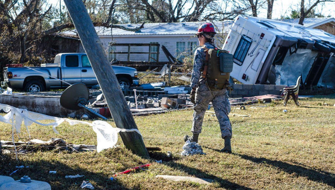Największe zniszczenia są na Florydzie (fot. PAP/EPA/FLORIDA NATIONAL GUARD/STAFF SGT. CARMEN FLEISCHMANN HANDOUT)