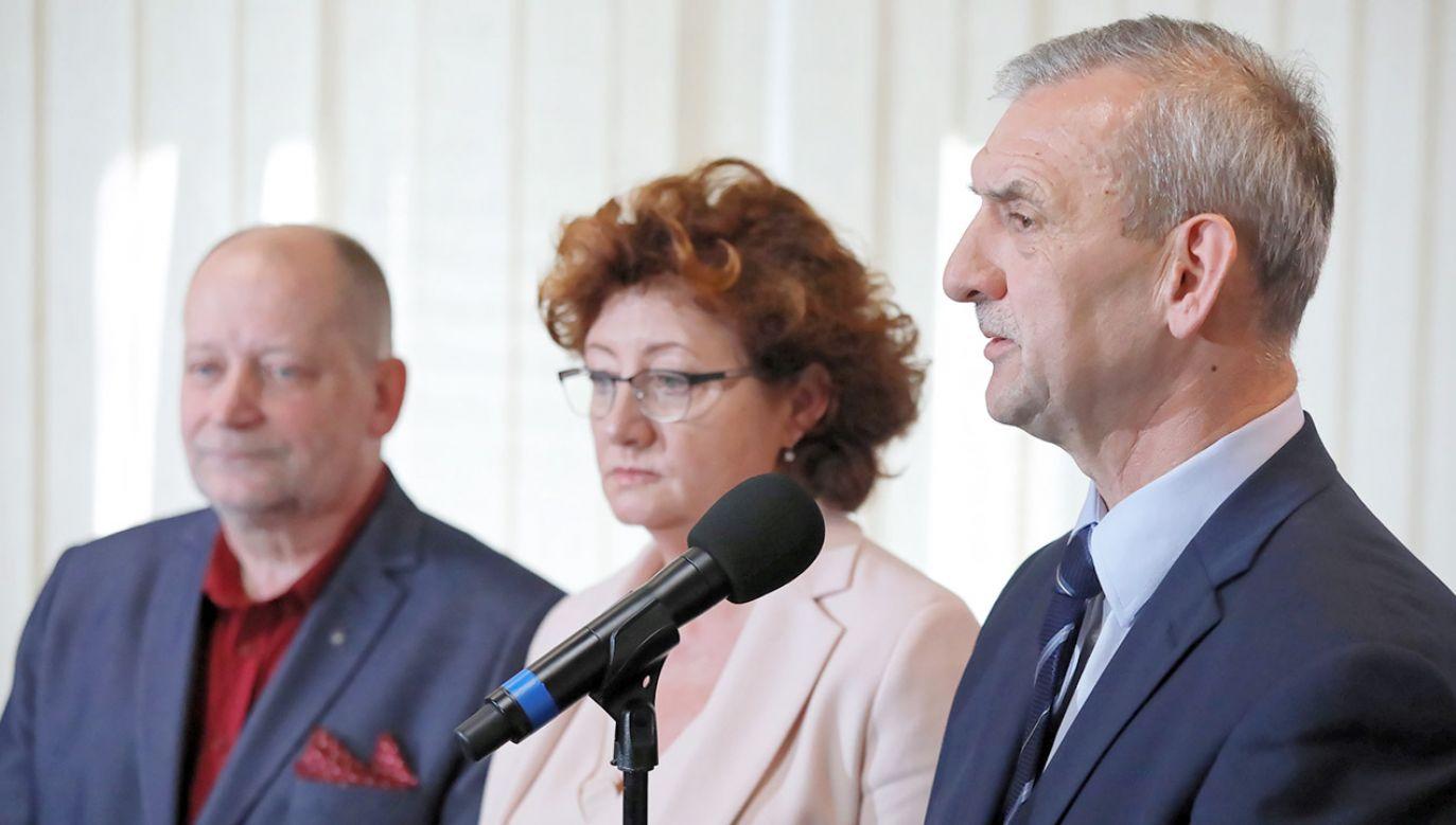 FZZ to drugi obok ZNP podmiot, który prowadzi spór zbiorowy w szkołach (fot. PAP/Tomasz Gzell)
