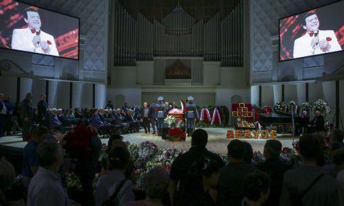 Uroczystości pogrzebowe. Fot. Wikimedia/duma.gov.ru