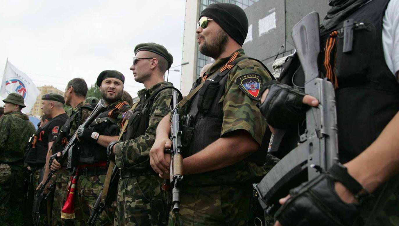Dziennikarze ustalili, że rosyjscy najemnicy działają m.in. w Donbasie. Poza tym widziano ich w Syrii i RŚA. Ich obecność w Sudanie potwierdziło rosyjskie MSZ (fot. Alexander Ermochenko/Anadolu Agency/Getty Images)