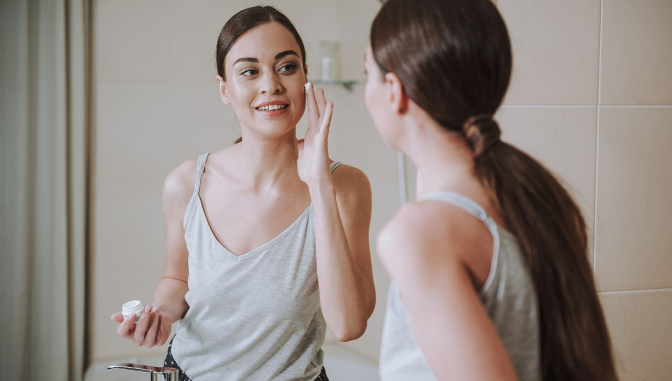 Żel jest stosowany w leczeniu różnych postaci trądziku pospolitego (fot. Shutterstock/Olena Yakobchuk)