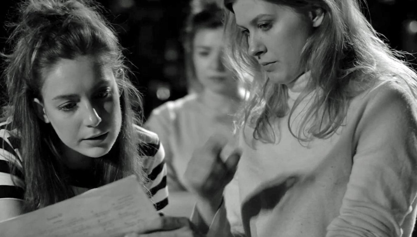 """Sztuka """"Beniowski. Ballada bez bohatera"""" otrzymała główną nagrodę (fot. YT/TeatrNowyPoznan)"""