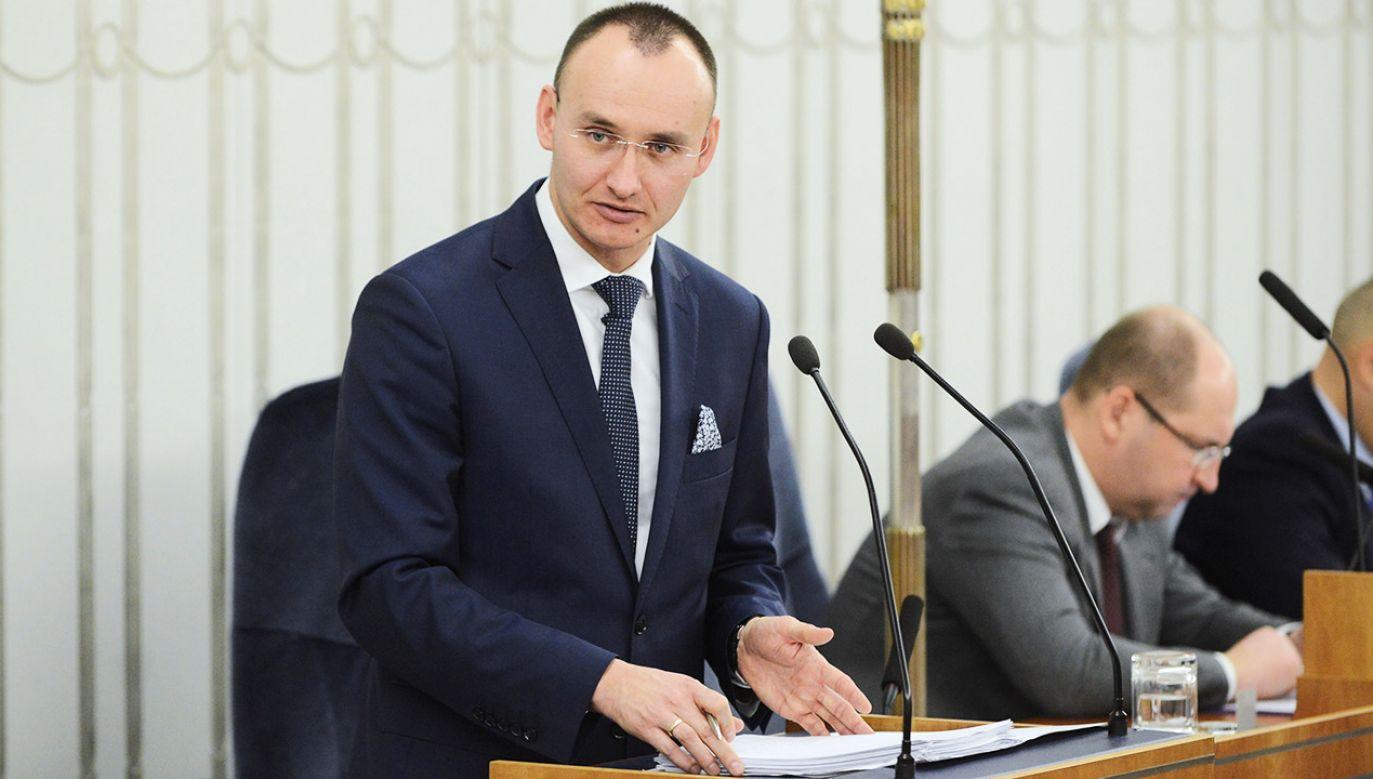 Mikołaj Pawlak od czerwca 2016 r. jest dyrektorem Departamentu Spraw Rodzinnych i Nieletnich w Ministerstwie Sprawiedliwości (fot. PAP/Jakub Kamiński)