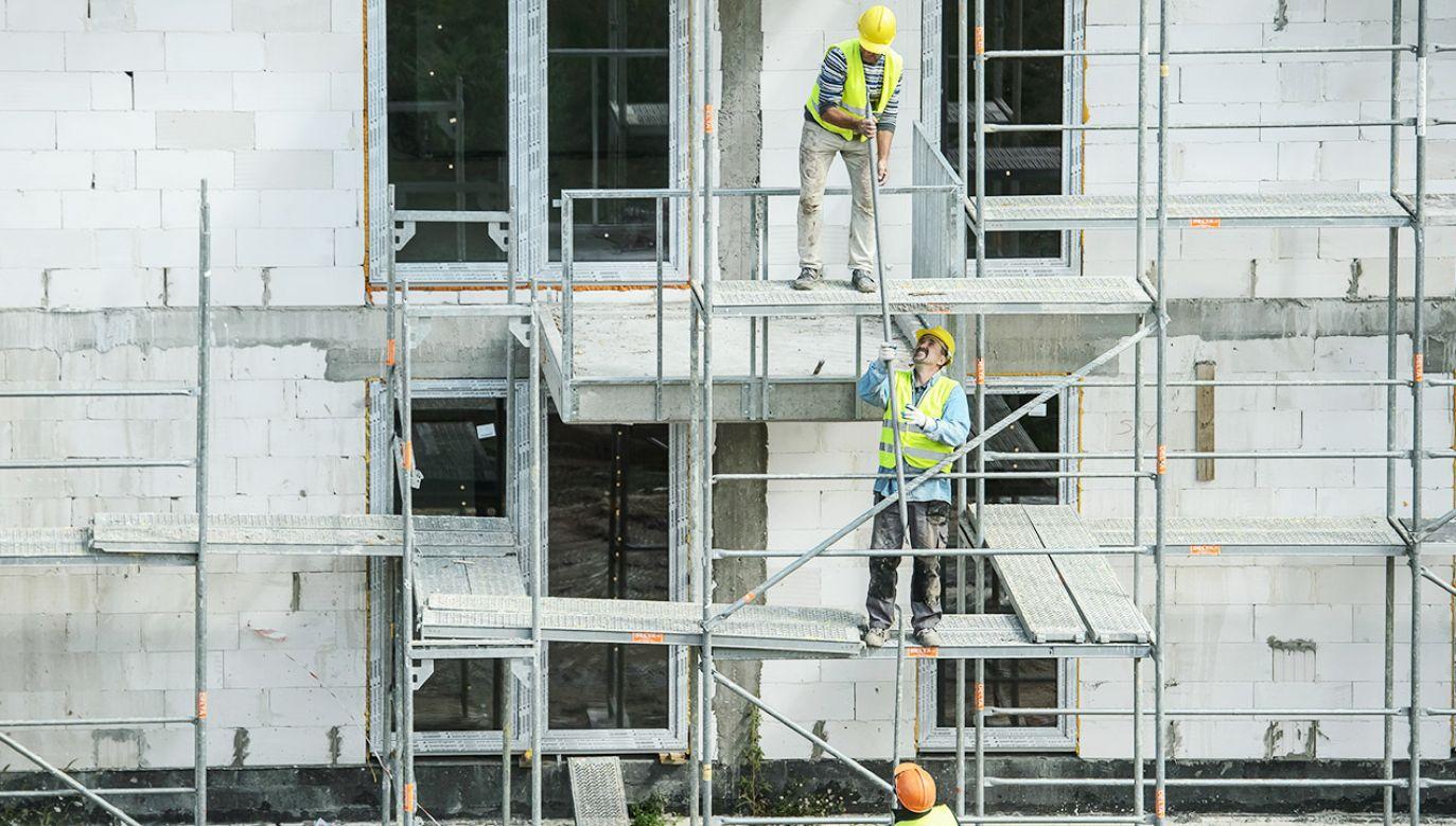 Według BGK w Polsce brakuje nawet 3 mln mieszkań (fot. arch.PAP/Wojciech Pacewicz)