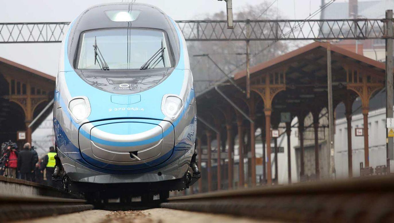 PKP PLK szacowały przed unieważnieniem poprzednich postępowań, że wartość dwóch przetargów na poprawę dostępu kolejowego do portów morskich w Gdańsku i Gdyni wynosi ok. 1,4 mld zł (fot. arch. PAP/Leszek Szymański)