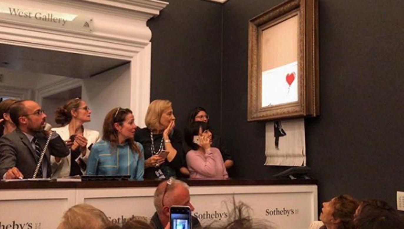 Dzieło Banksy'ego zostało do połowy zniszczone (fot. YT)