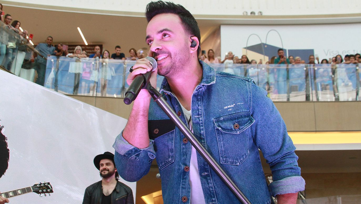 Luis Fonsi to portorykański piosenkarz i kompozytor (fot. Gladys Vega/Getty Images)