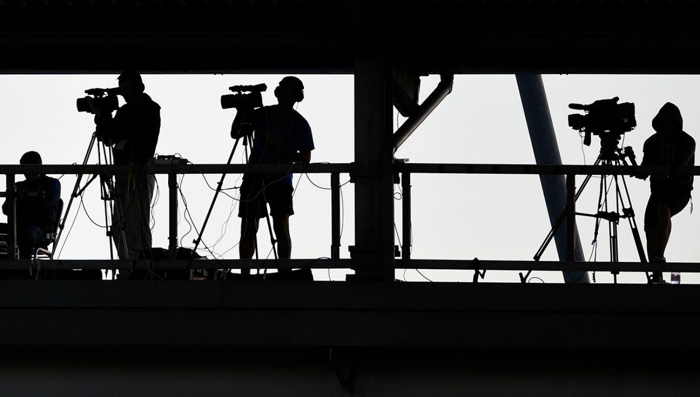 """""""Jeśli spojrzy się na relacje dotyczące Marszu Niepodległości w międzynarodowych mediach to widać wszystkie te dziennikarskie patologie""""pisze Witold Repetowicz (fot. REUTERS/Adam Holt)"""