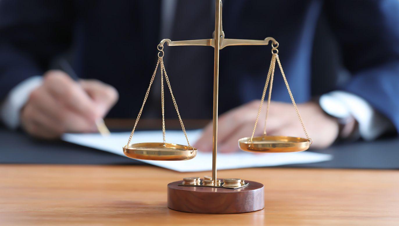 Pięciu notariuszy usłyszało w środę zarzuty (fot. Shutterstock/Africa Studio)