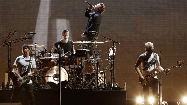 Poprzednią zniszczyli fani podczas koncertu (fot. EPA/ABDREU DALMAU)