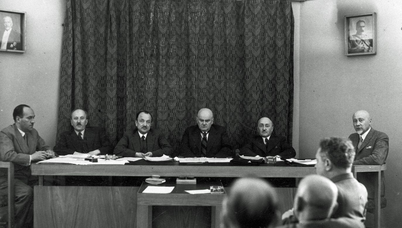 Posiedzenie Naczelnej Izby Lekarskiej w Warszawie, 1937 r. (fot. NAC)
