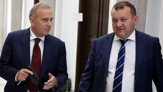 Przewodniczący PO Grzegorz Schetyna (L) i poseł Stanisław Gawłowski (fot. arch.PAP/Tomasz Gzell)
