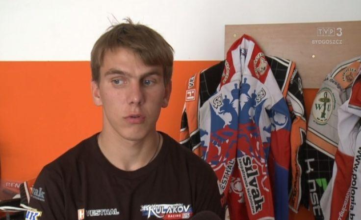 Żużlowiec Polonii Wiktor Kułakow okradziony z motocykli