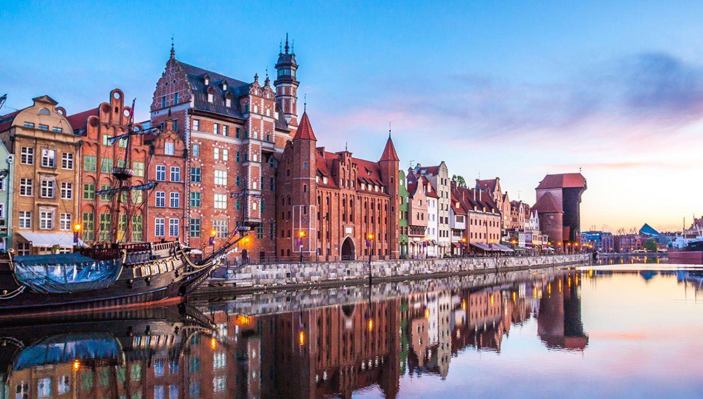 Gdańsk może wiele stracić na awarii przepompowni (fot. Shutterstock/Tomasz Guzowski)