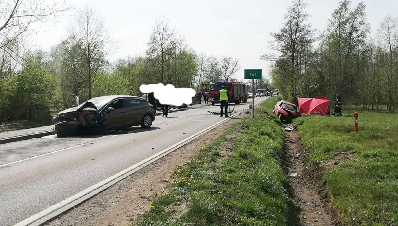Droga została zablokowana. Wyznaczono objazd lokalnymi drogami (fot. FB/Ratownictwo Powiatu Wołomińskiego)